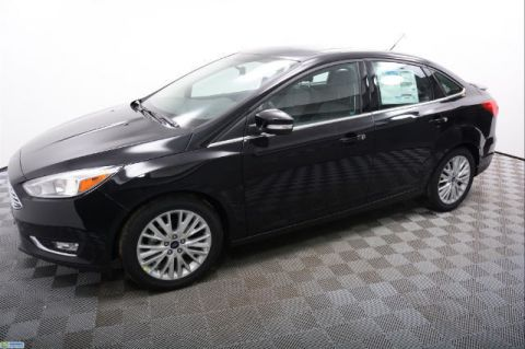 New Ford Focus Titanium Sedan