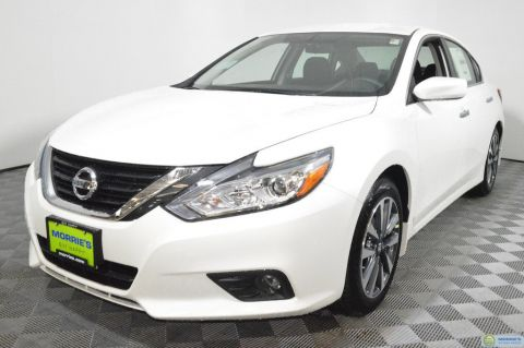 New Nissan Altima 2017.5 2.5 SV Sedan