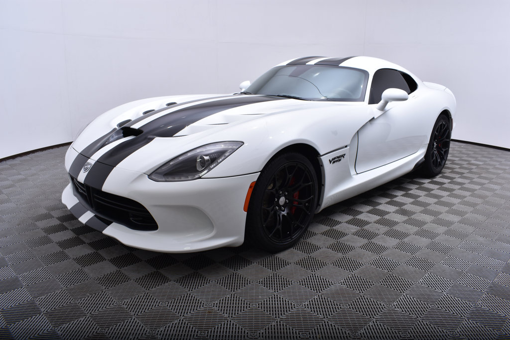 Pre-Owned 2015 Dodge SRT Viper 2dr Coupe GTS Coupe in Minnetonka ...