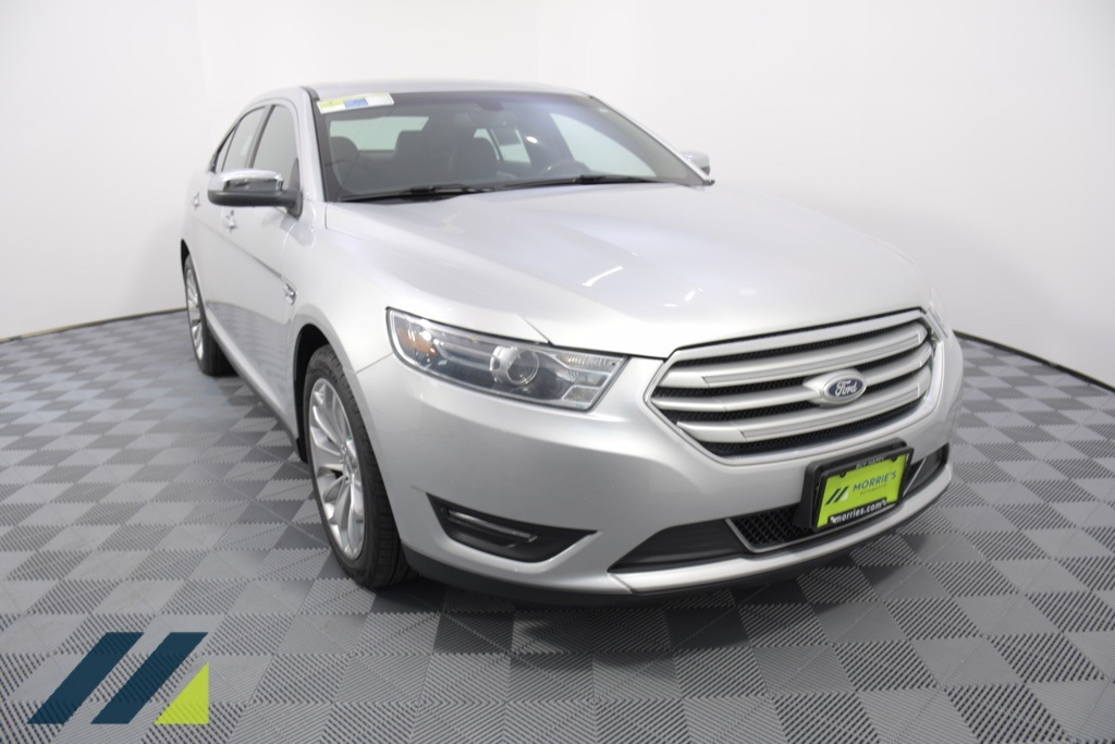Pre-Owned 2015 Ford Taurus Limited