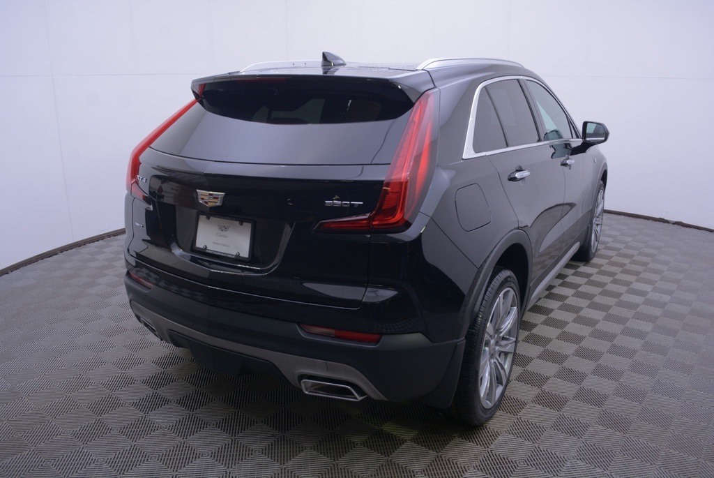 New 2020 Cadillac XT4 Premium Luxury