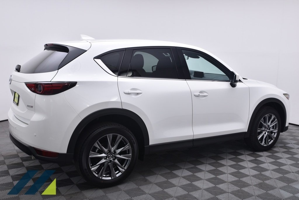 New 2019 Mazda CX-5 Signature Diesel