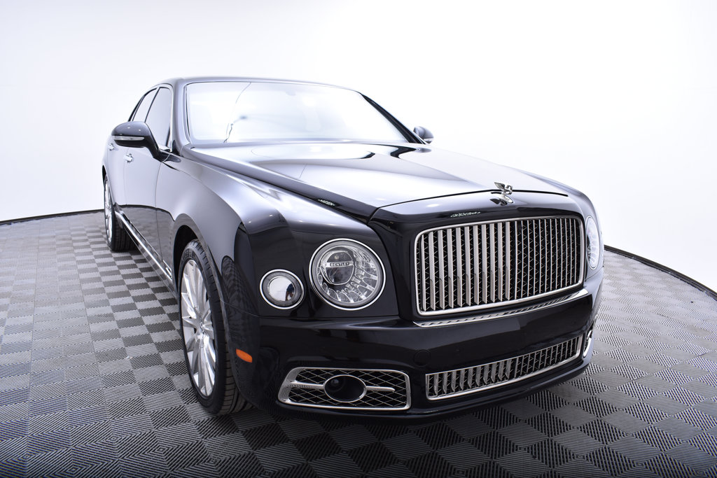 pre speed cars used owned mulsanne harwoods hampshire bentley sussex