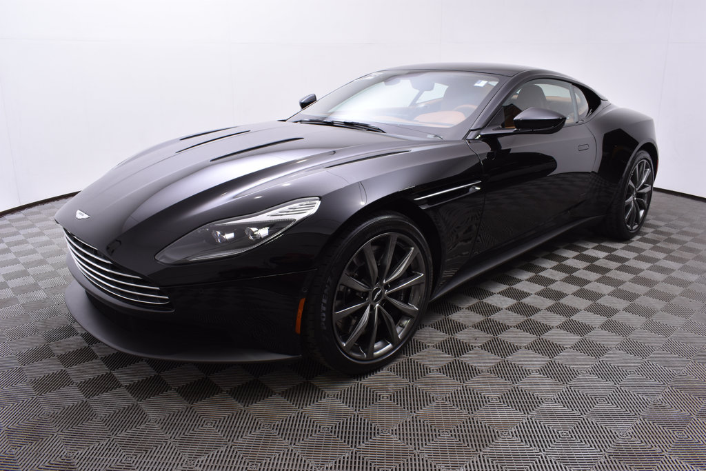 Certified Pre Owned 2018 Aston Martin Db11 V12 Coupe Coupe In