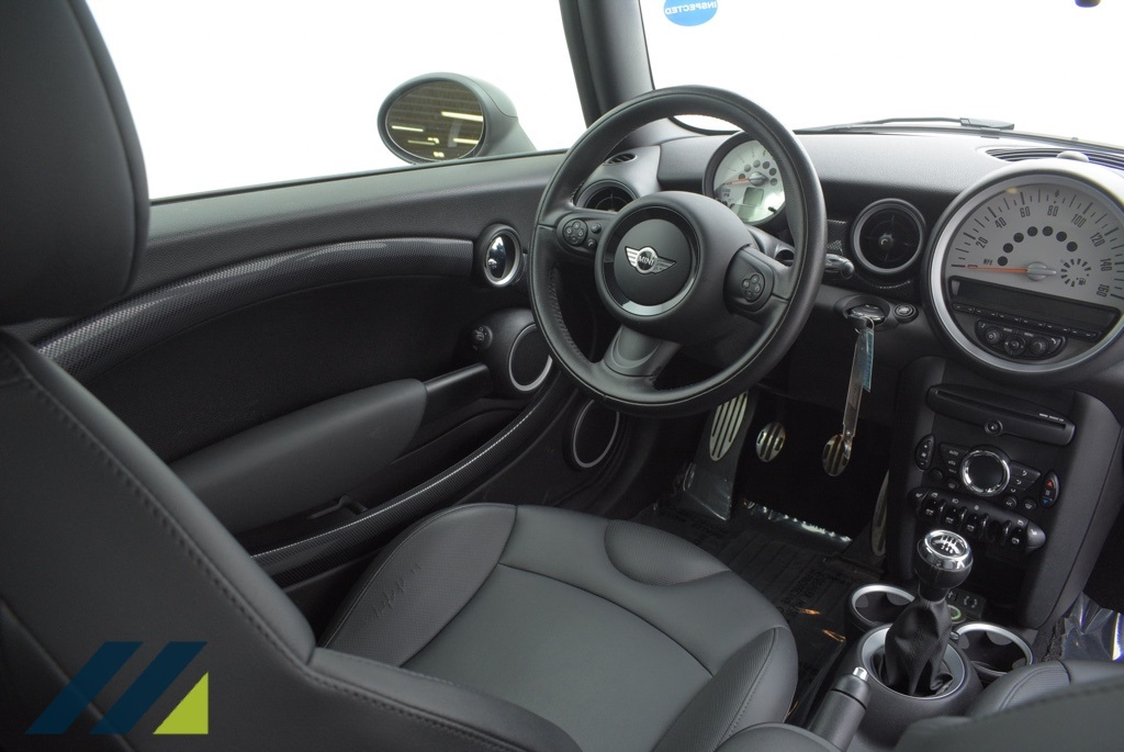 Pre-Owned 2013 MINI Cooper S Base FWD 2D Hatchback