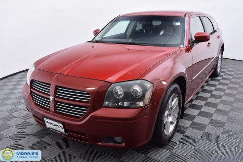 Pre-Owned 2006 Dodge Magnum 4dr Wagon RWD